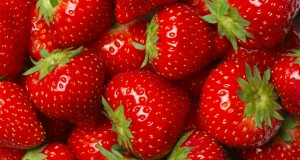 Benefits of Strawberry for skin and health