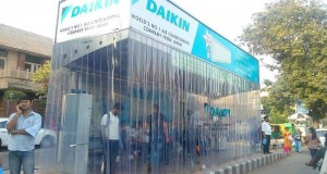 First fully air-conditioned bus stop shelter at Lajpat Nagar – DwarkaExpress